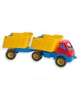 Camión con trailer de juguete