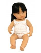 Muñeca niña asiática vestida